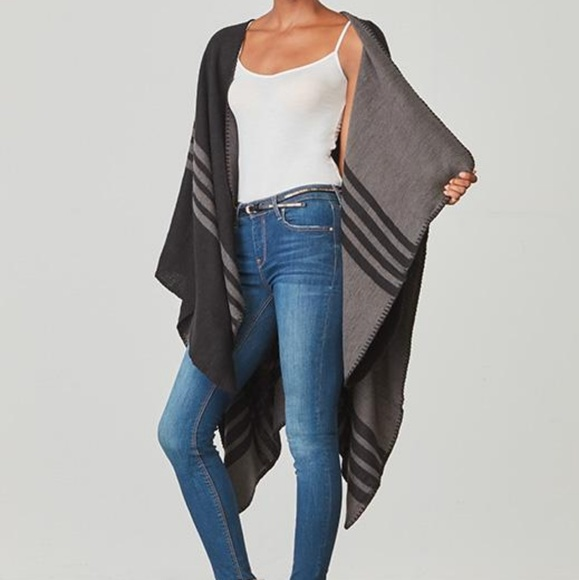 BB Dakota Sweaters - BB Dakota Poncho